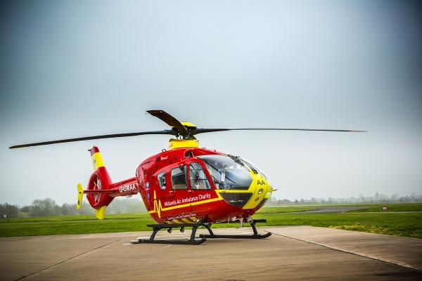 midlands-air-ambulance-g-omaa9D1C3F39-9FBE-EB88-96EF-41B4E9710122.jpg